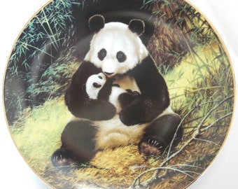 """W.J George 1988 Vintage Collector Plate """"The Panda"""" by Will Nelson"""