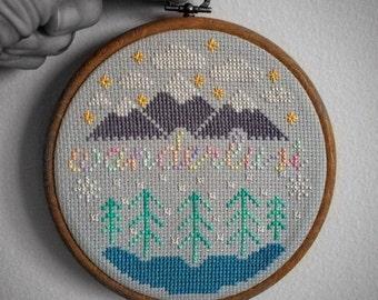 """Wanderlust cross stitch in 5"""" Wood-Effect Hoop Frame"""