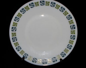 6 x Pyrex dinner plates checkers pattern