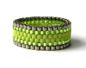 Lime green womens ring Seed bead jewelry Band ring for women size 4 5 6 7 8 9 10 11 12 13 14 Modern ring Beaded jewellery Flat band ring