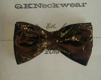 Chocolate & Gold paisley bowtie