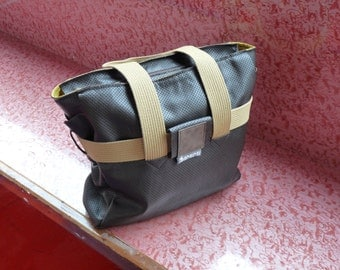 handmade leather shoulderbag