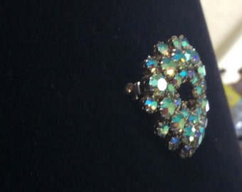 Beautiful vintage Aqua colored Rhinestone brooch.