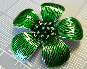 Green Metal & Enamel Flower Pendant -  Very Cute Green Flower Enameled Pendant