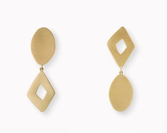 18 Kt Brushed Gold Earrings
