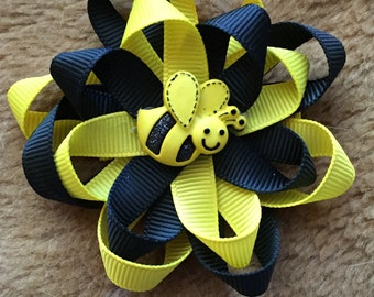 Bumble Bee Flower Bow