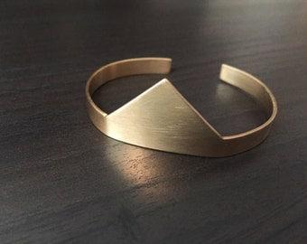 Brass Pyramid Cuff, Brass Triangle Cuff, Geometric Bracelet, Brass Geometric Cuff, Pyramid Bracelet, Minimalist Bracelet, Geometric Jewelry