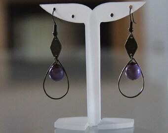 Purple /earrings graphic earrings