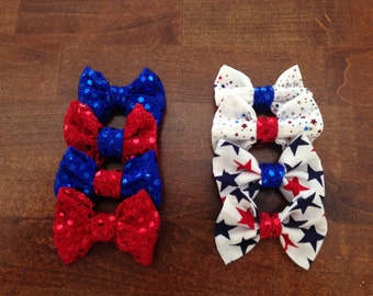 4th of july bows (small) perfect for any baby or young girl!