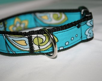 Blue flower print Dog Collar