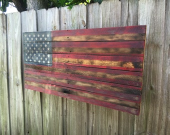 Weathered American Flag Wall Décor