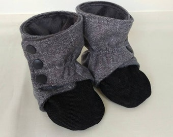 Wrap-around Wool Baby and Toddler Boots, size 3-6 months
