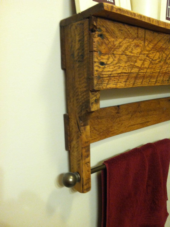 bathroom hand towel quilt hanging wall rack. Black Bedroom Furniture Sets. Home Design Ideas