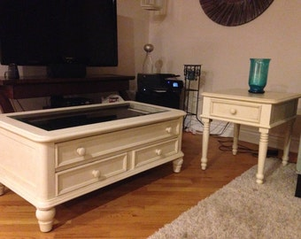 Coffee and end table  -wood- broyhill