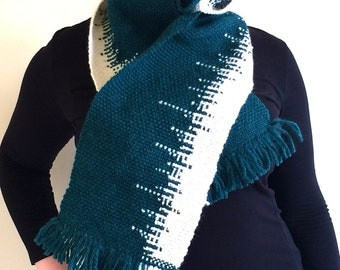 Handwoven soft oversize scarf in green and white wool