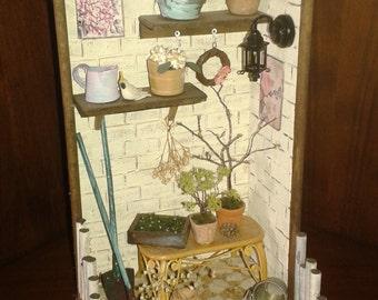 Dolls house miniature-scale 1:12 garden corner roombox