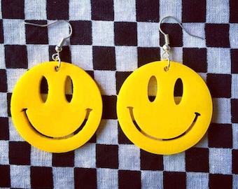 Emoji smile earrings