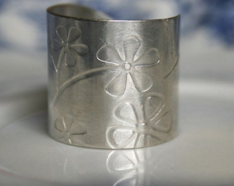 Sterling Silver Ring - Spring Flowers
