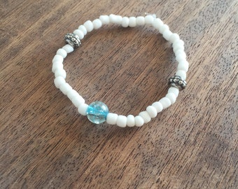 Simple classy white and silver bracelet