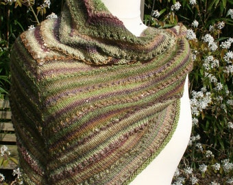 Wool triangle scarf in Green Pink shades, knitted.
