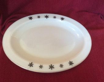 """Pyrex JAJ Gaiety Black Snowflake Oval Serving Platter 12 7/8"""""""