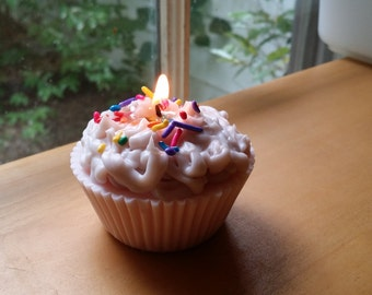 The Cupcake Candle