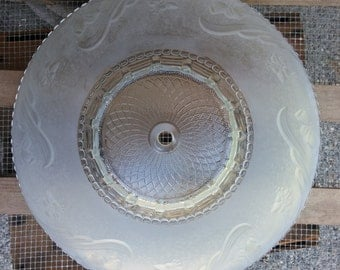 Art Deco 1940's frosted glass shade