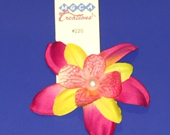 Magenta Flower Clip #220