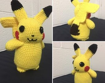 Pokemon Pikachu Amigurumi Plush