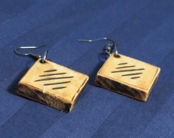 Line Design Earrings