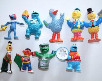 Vintage sesame street figures lot