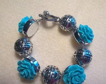 Teal Rose Beaded Bracelet
