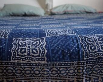 Bed cover bedspread batik blue