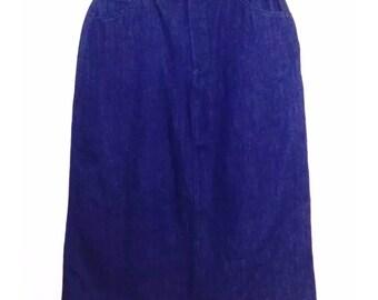 Amazing Vintage Oscar de la Renta Denim Skirt. Size 10. Original Tags Attached