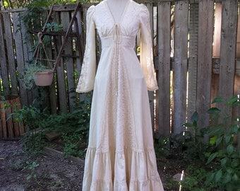 Late 1970's Gunne Sax 'Maxi Dress' with lace trim - ivory