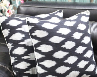 SharePyar.com Handloom Cushion Cover - Ikat Chevron Pattern in Black & Grey - 16 x 16 Inch - Set of Two