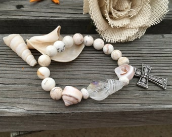 Clear Shell & Cross bangle
