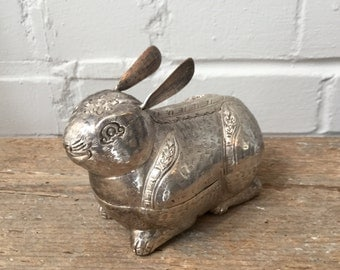 Vintage Bunny Box, 900 Silver from Asia, Ca: 1950s.