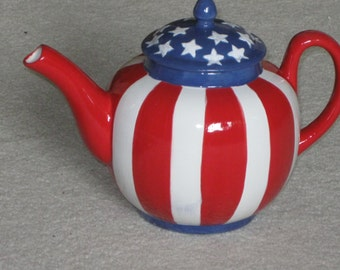 Hand painted ceramic Patriotic Teapot - 4 cup capacity
