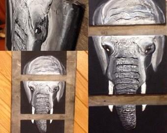 "Canvas ""The Elephant"""
