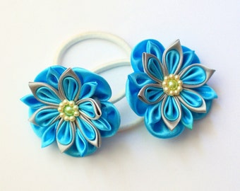 Simple but yet amazing look for your little one/Blue kanzashi flowers. Fabric flowers