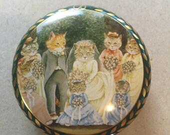 Vintage Victorian Cat Tin