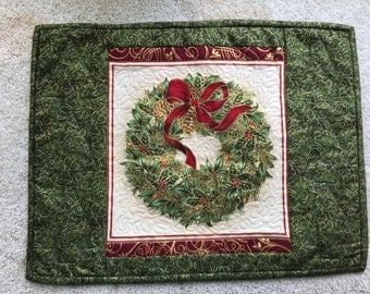 Christmas Placements, holiday placemats, Cardinal placemat, Ornament placemat, Wreath placemat, Holly placemat, set of 4 christmas placemats
