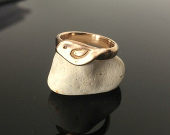 Handmade silhouette bird ring, folk art, solid bronze, art jewelry, artisan Jewelry, museum,gift, roman, metal clay, nature, animal art