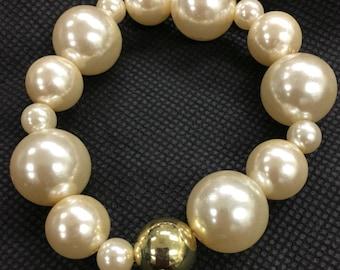 Ivory Pearl Beaded Bracelet
