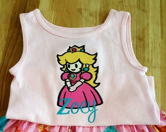 Princess peach tee