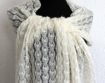 Scarf / shawl / stole