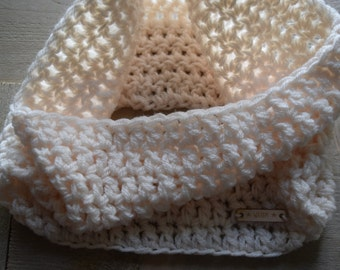Cowl Shawl Scarf Crocheted Teens Adult WAARM Acrylic Cream colored
