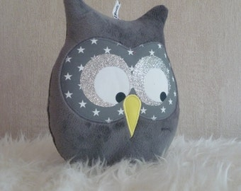 musical Grey Owl cushion
