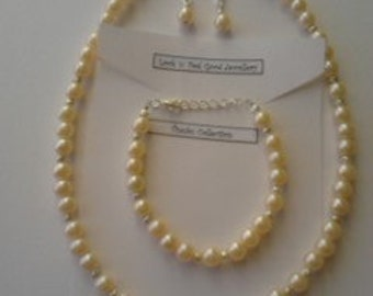 Pearl Necklace with Bracelet and Earrings set